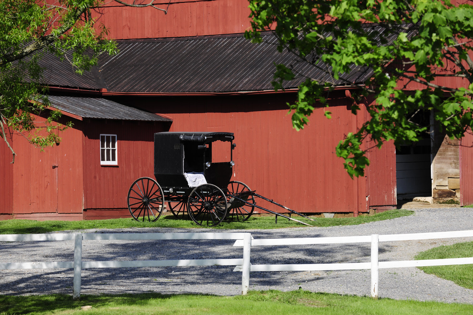 Amish Built Sheds | Amish Cabin Builders | Amish Builders