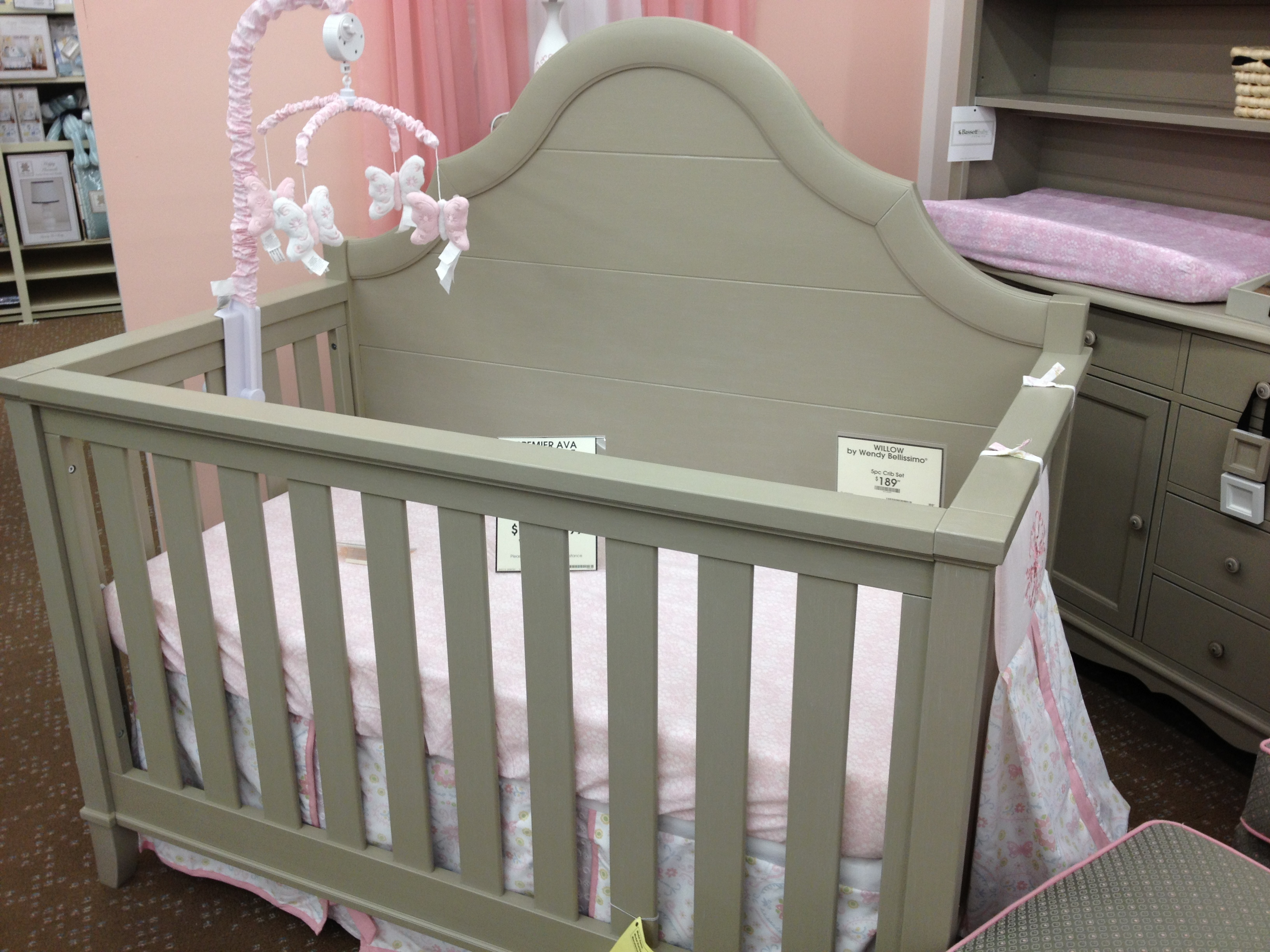 Bassett Baby Crib | Babies R Us Rocking Chairs | Crib Tent Walmart & Furniture: Bassett Baby Crib With Sophisticated And Graceful ...