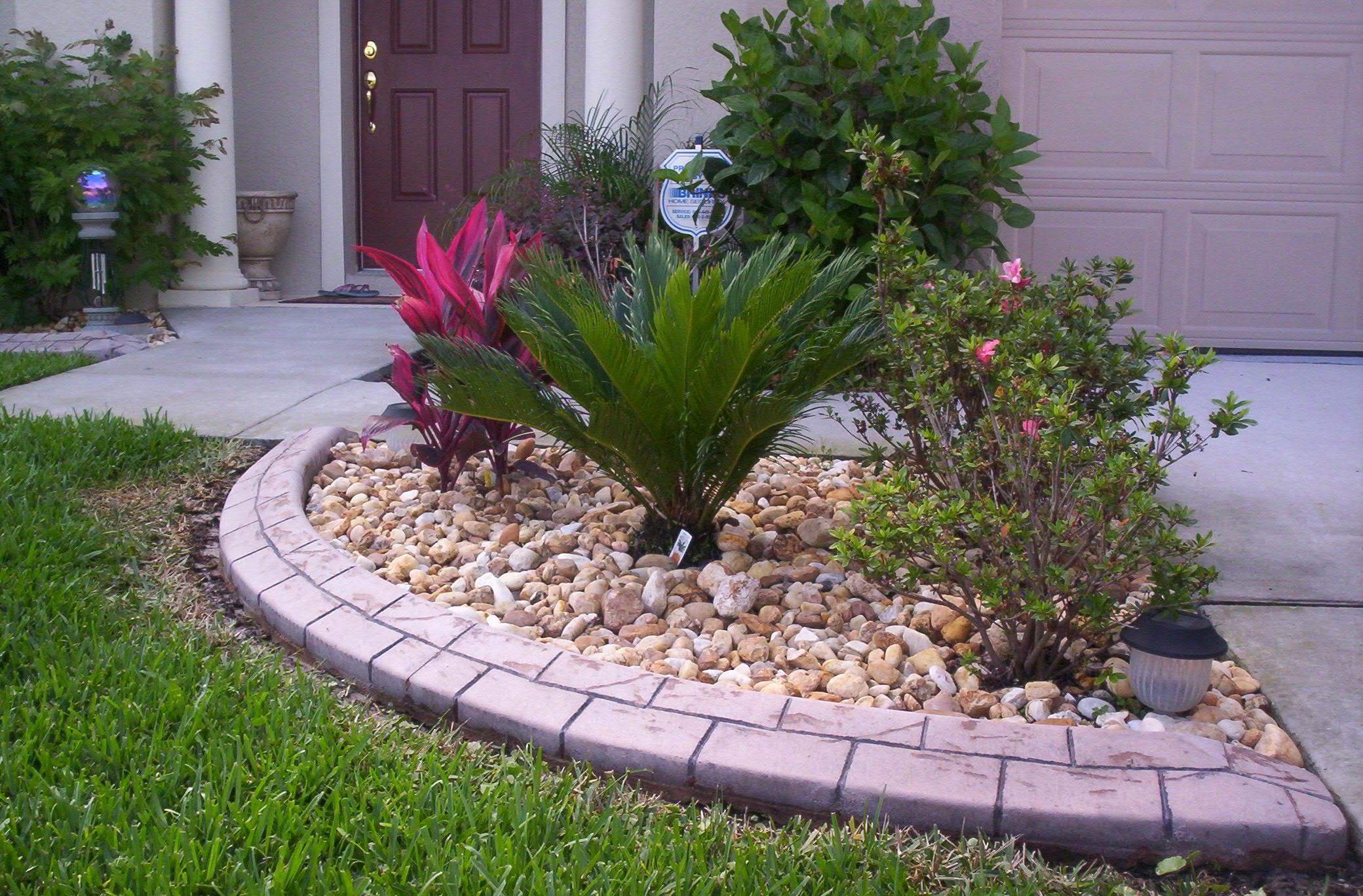 Create Solid Boundaries in Your Lawn and Garden with Home Depot Landscape Edging: Home Depot Landscape Edging | Steel Edging Lowes | Metal Landscape Edging Home Depot