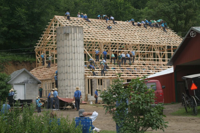 Jamesport Builders | Mobile Log Cabins | Amish Builders