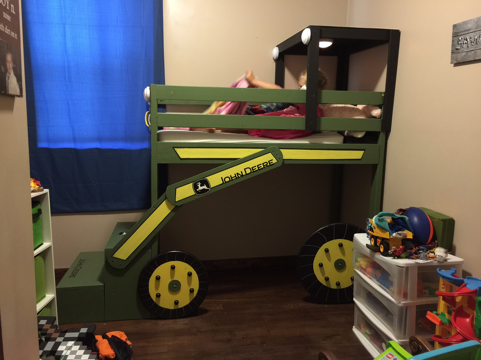 John Deere Bedding | John Deere Bedroom Accessories | John Deere Beds
