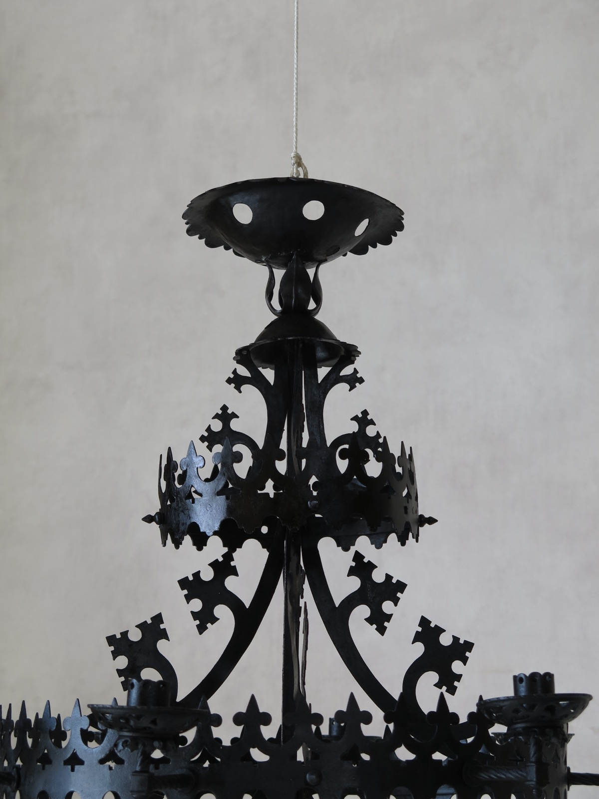 Marvelous Gothic Chandelier Designs | Redoubtable Hand Forged Iron Chandeliers Inspiration