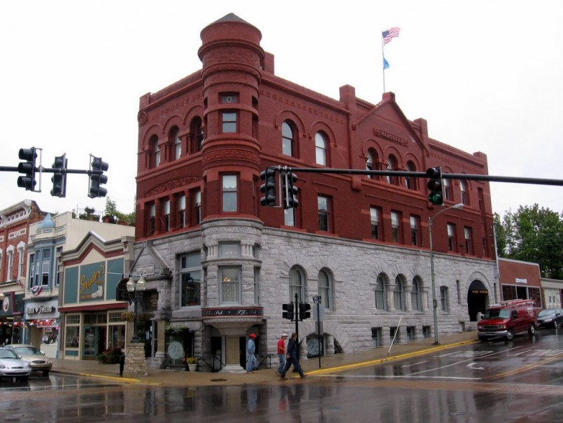 Redoubtable Manistee Mi Hotels And Motels | Snazzy Ramsdell Inn