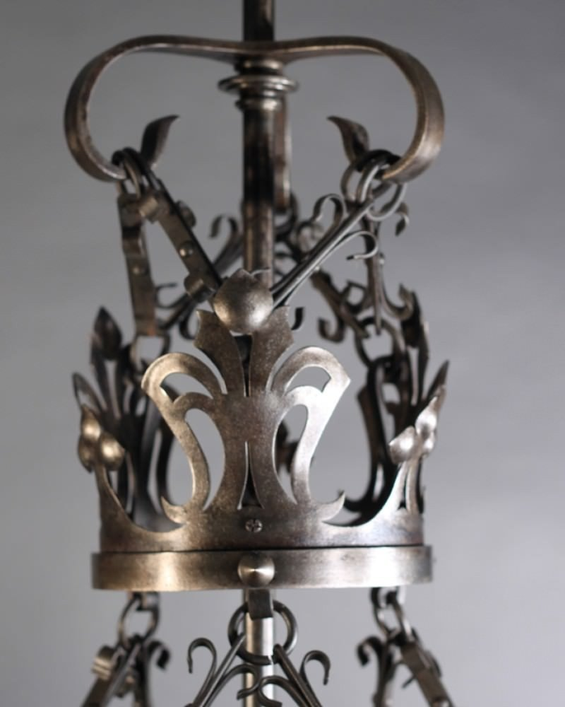 Glamour Gothic Chandelier with Unique and Antique Design: Stunning Gothic Chandelier | Elegant Mexican Wrought Iron Light Fixtures