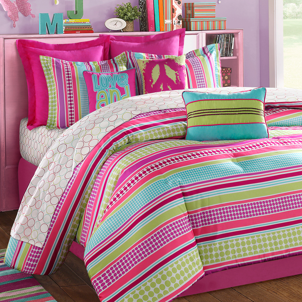 Bedroom: Pink And Black Bedding | Teenage Bedspreads | Full Size ...