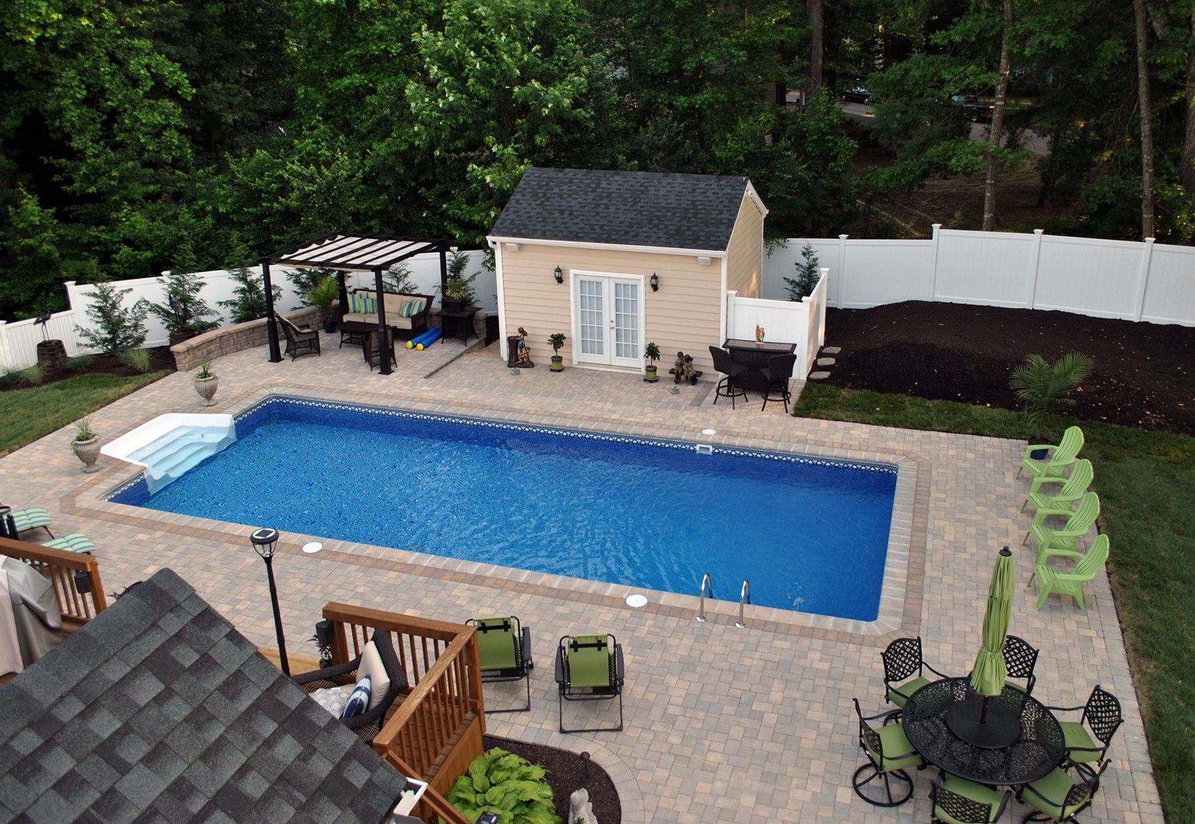 Backyard cool backyard pool designs for your outdoor for Backyard inground pool ideas