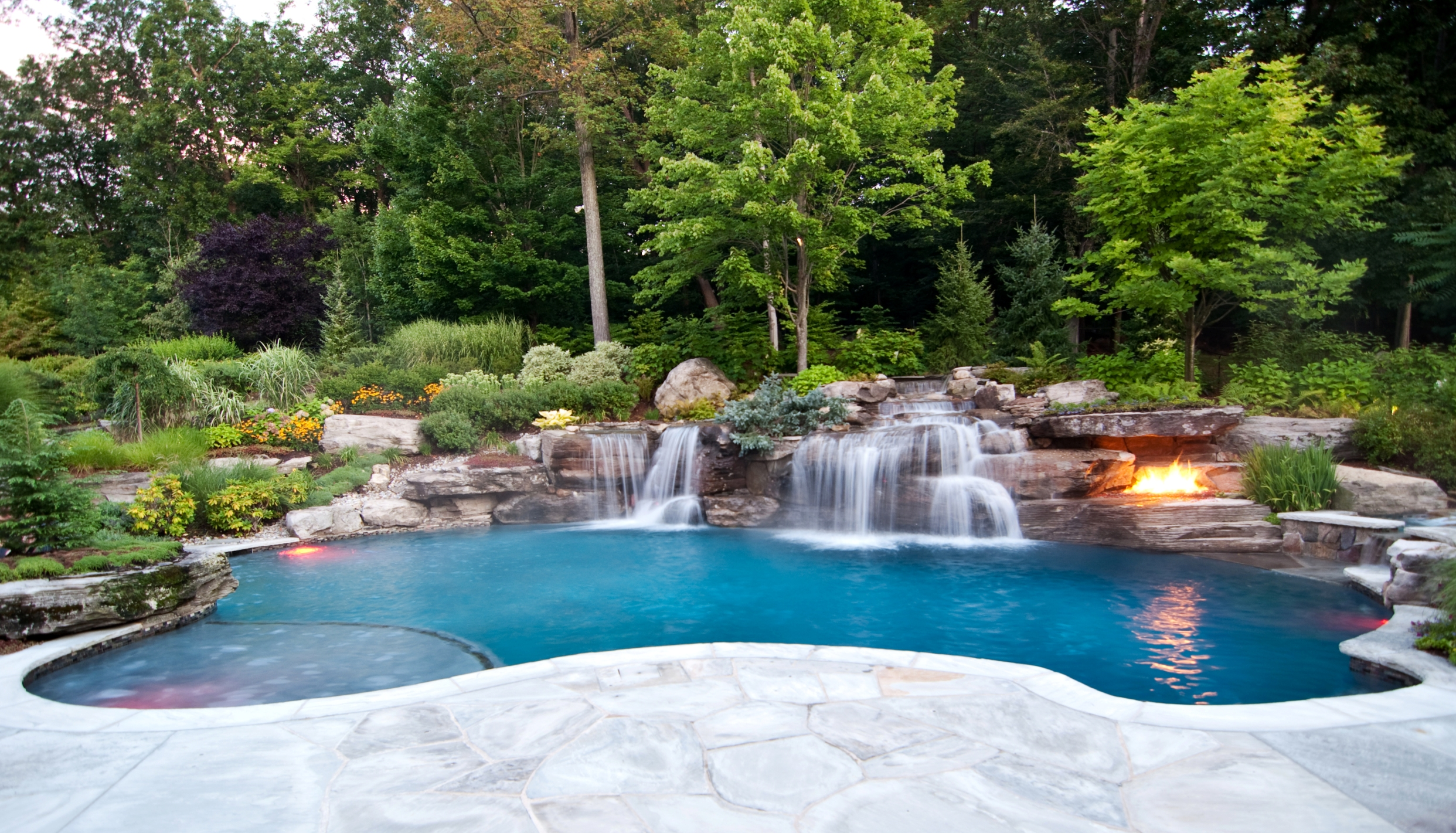 Backyard Pool Designs | Average Price Inground Pool | Small Inground Pools for Small Spaces