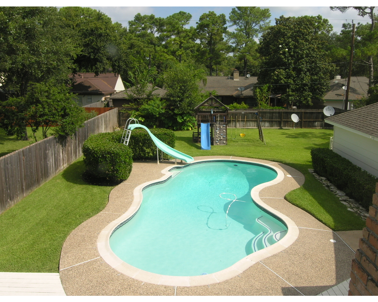 Cool Backyard Pool Designs for Your Outdoor Space: Backyard Pool Designs | Small Backyard Inground Pool Design | Cost Of Infinity Pool