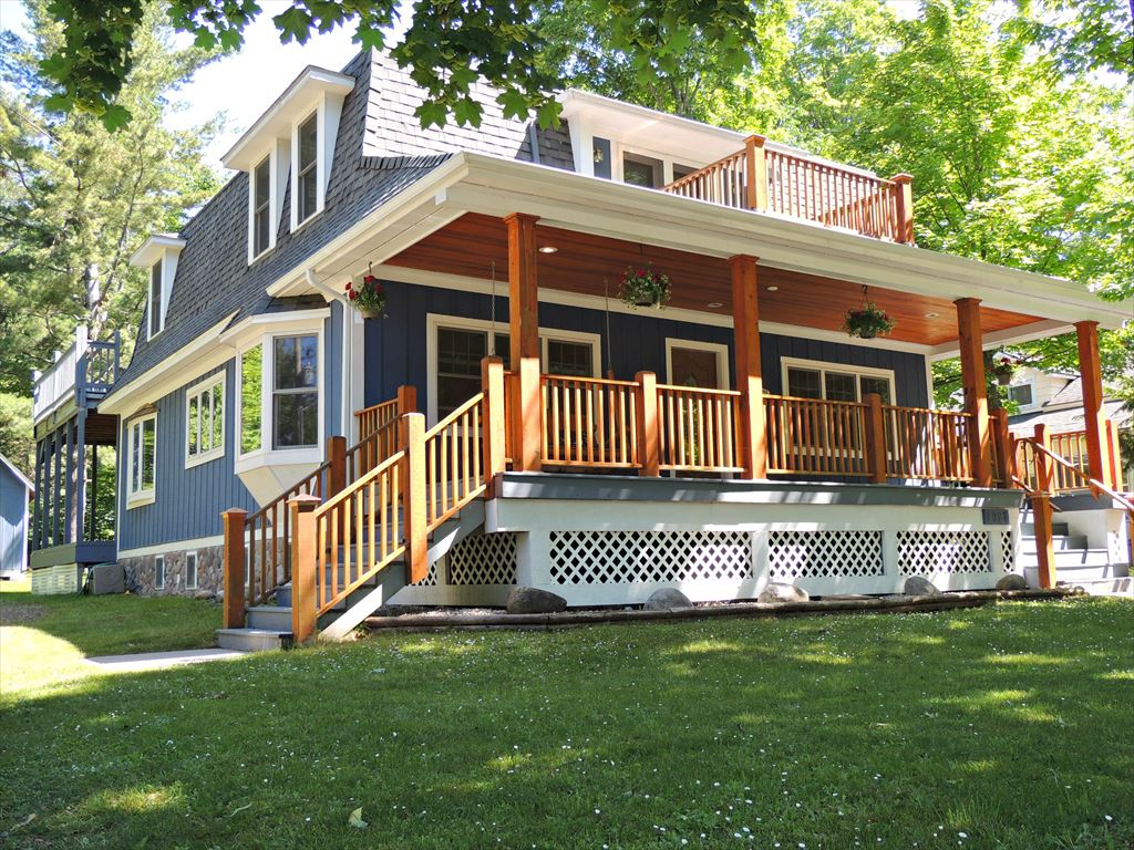 Boyne Mountain Rentals | Northern Michigan Cabin Rentals | Michigan Cottage Rentals