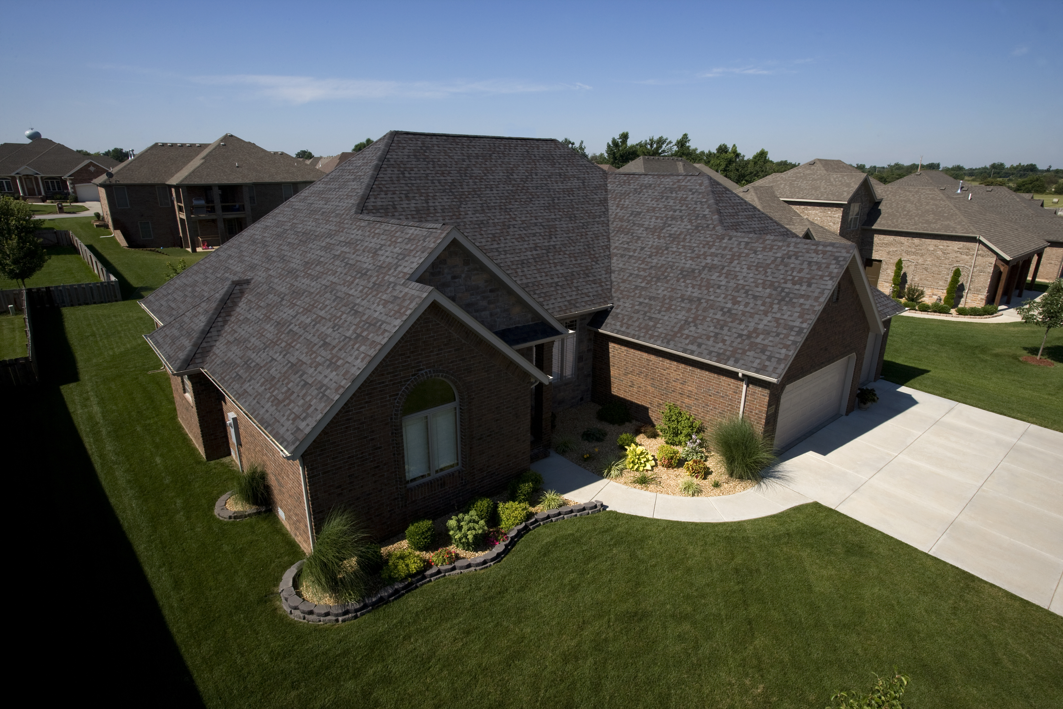 Beautiful Homes Start with Heritage Shingles: Cedar Shake Roof Installation | Heritage Shingles | Cedar Shingles Direct