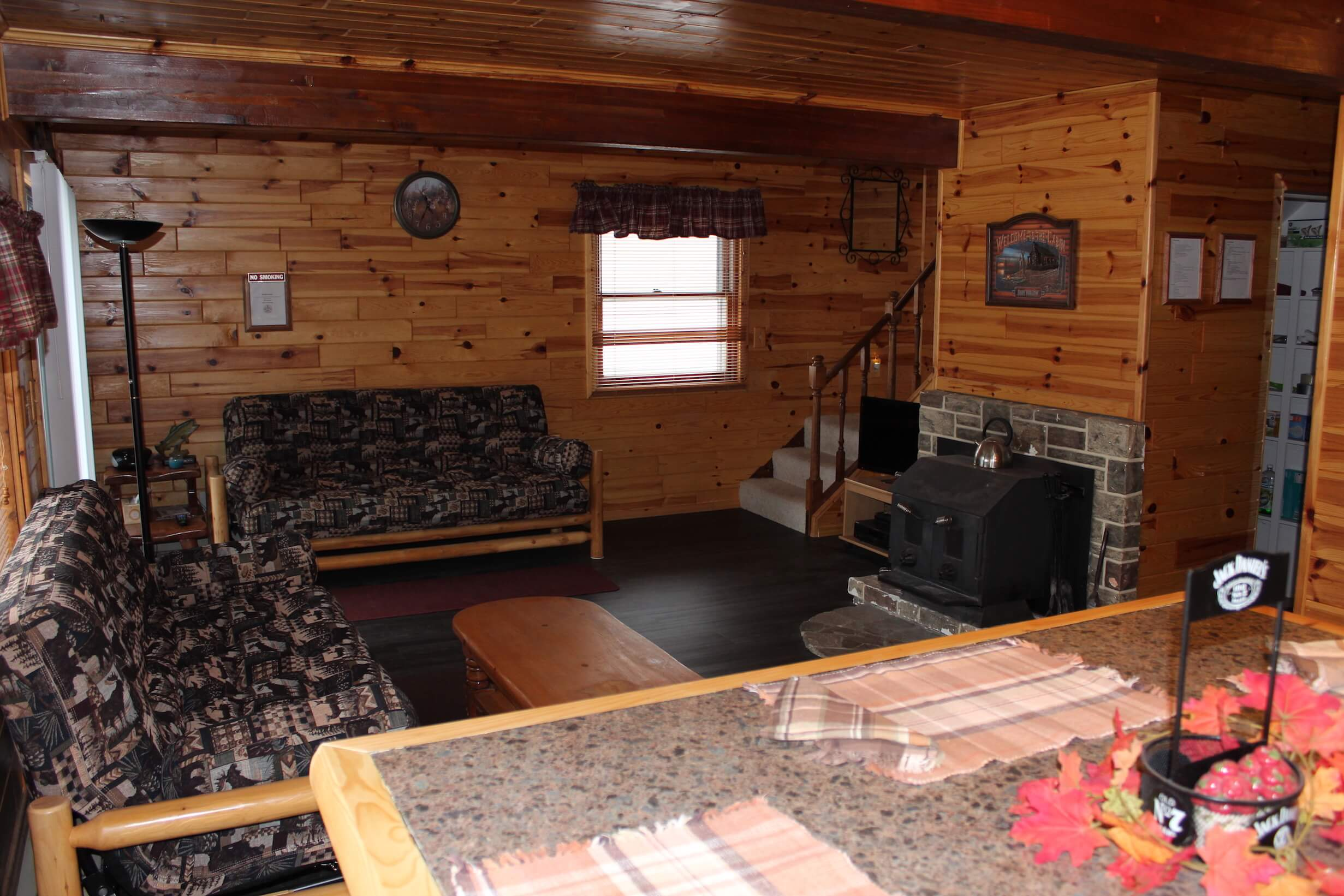 Lake Michigan Vacation Rentals | Northern Michigan Cabin Rentals | West Branch Mi Hotels