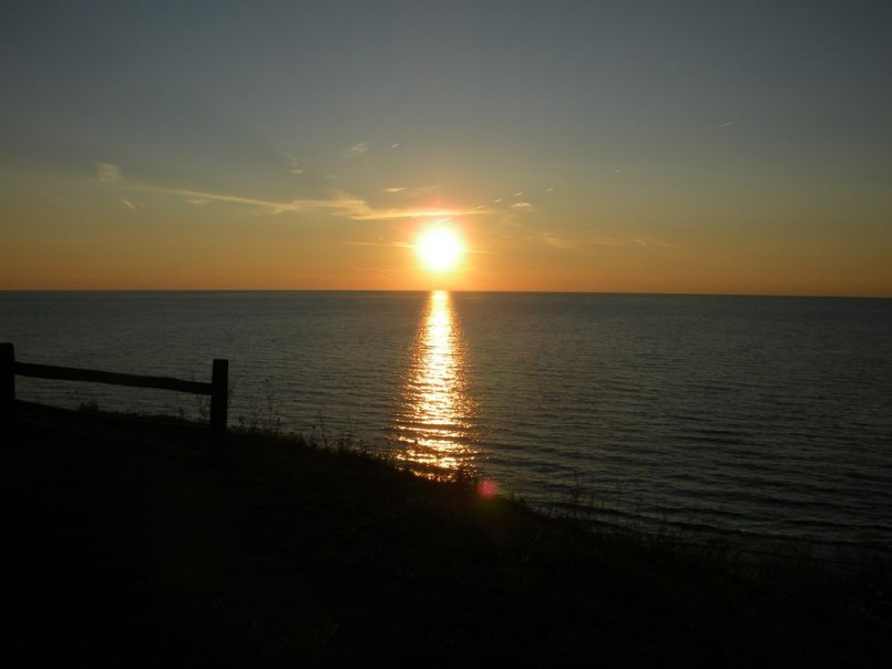 Lakefront Hotels Michigan | Traverse City Cabin Rentals | Northern Michigan Cabin Rentals