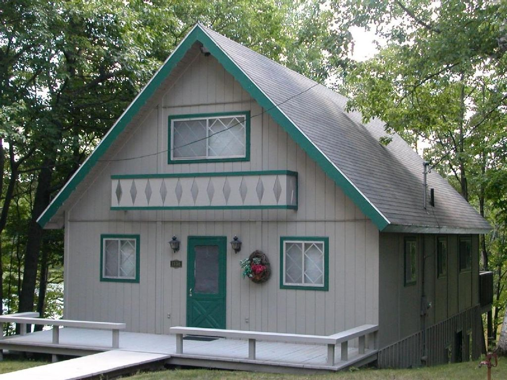 Leelanau Vacation Rentals | Northern Michigan Cabin Rentals | Secluded Cabin Rentals in Michigan