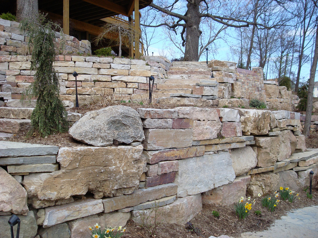 Lowe`s Stepping Stones | Pavestone Retaining Wall | Concrete Molds Home Depot