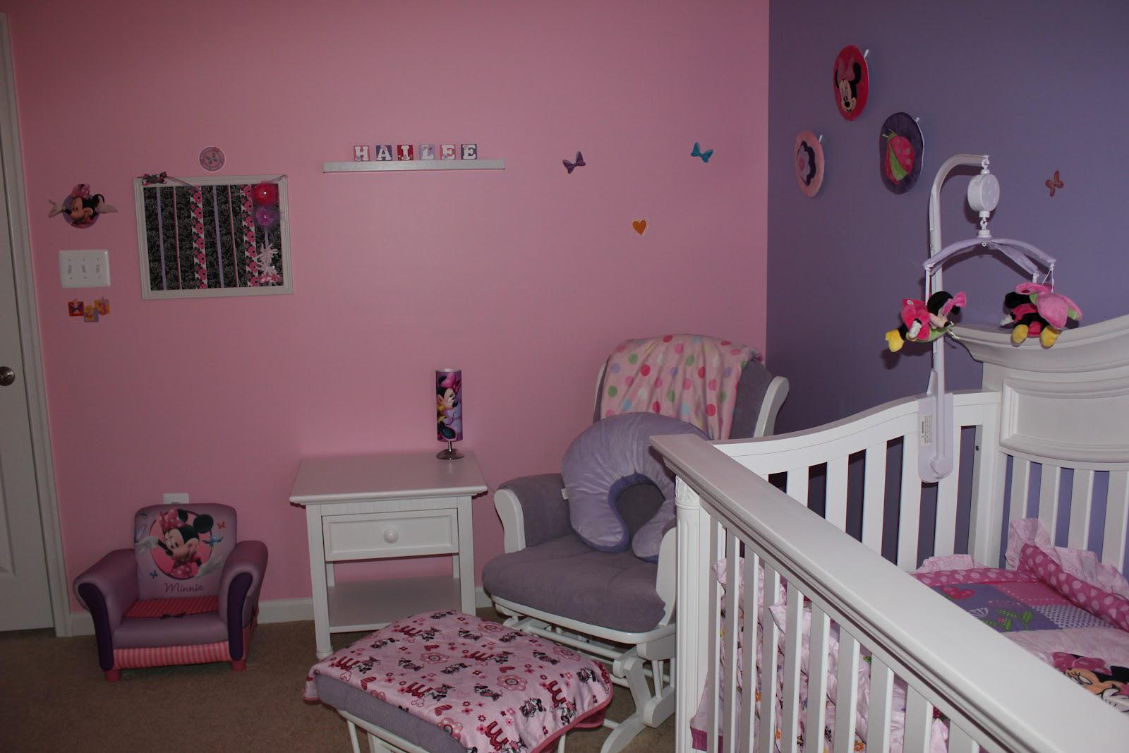 Decorations: Sweeten Up Your Little Girl Room With Minnie Mouse Wall ...