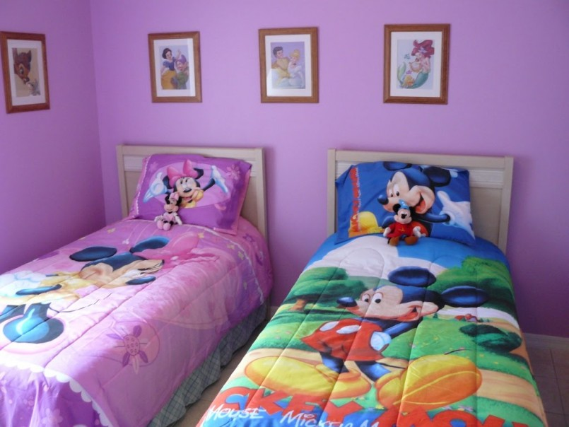 Minnie Mouse Wall Art | Mickey Mouse Vinyl Wall Decal | Minnie Mouse Wall Decor