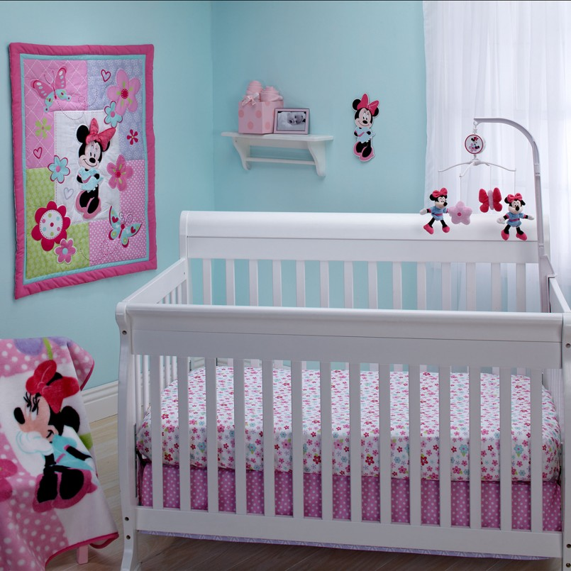 Minnie Mouse Wall Decor | Minnie Mouse Nursery Ideas | Minnie Mouse Vinyl Stickers