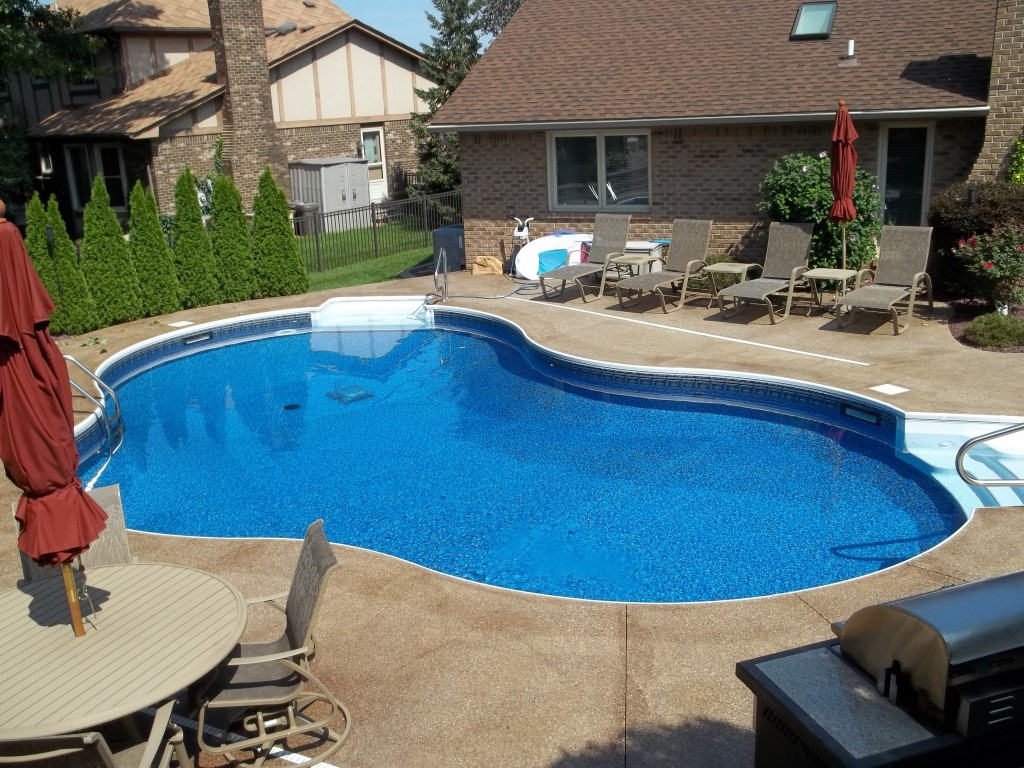 Cool Backyard Pool Designs for Your Outdoor Space: Pool Deck Ideas For Inground Pools | Backyard Pool Designs | Inground Pools Cost Estimate
