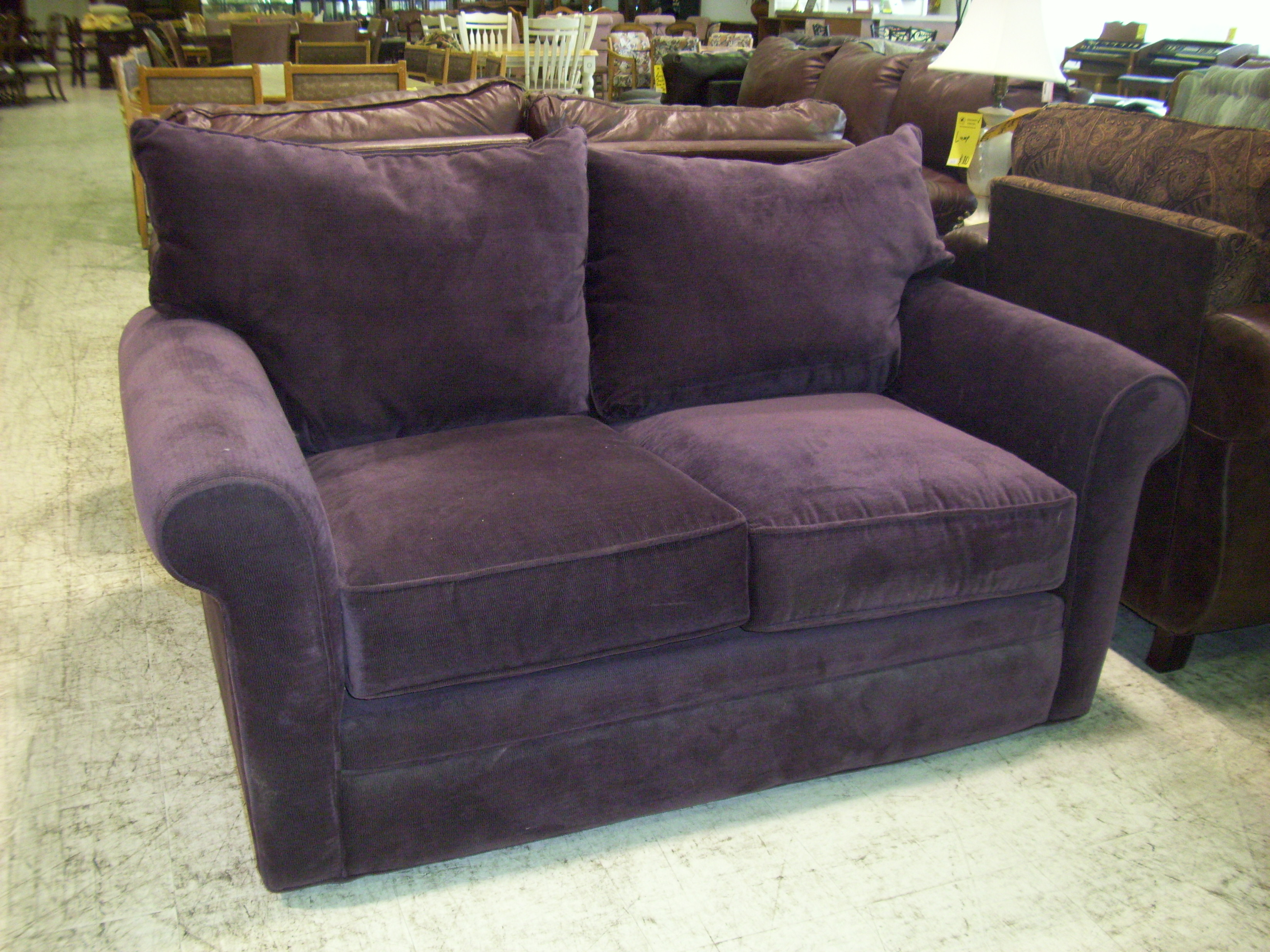 Furniture warm purple sofa to complete your living room for Purple sofa