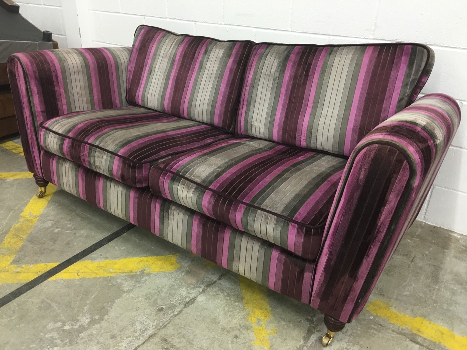 Warm Purple Sofa to Complete Your Living Room Decor: Purple Sofa | Purple Velvet Sofa For Sale | Mini Couches For Sale