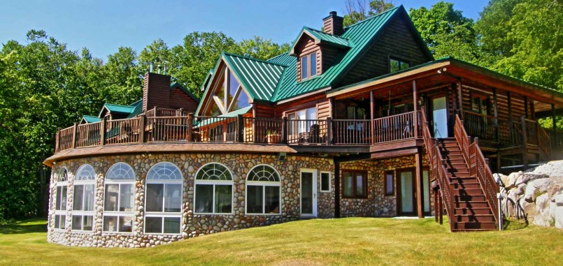 Romantic Getaways In Michigan Cabin | Log Cabin Rentals In Michigan | Northern Michigan Cabin Rentals