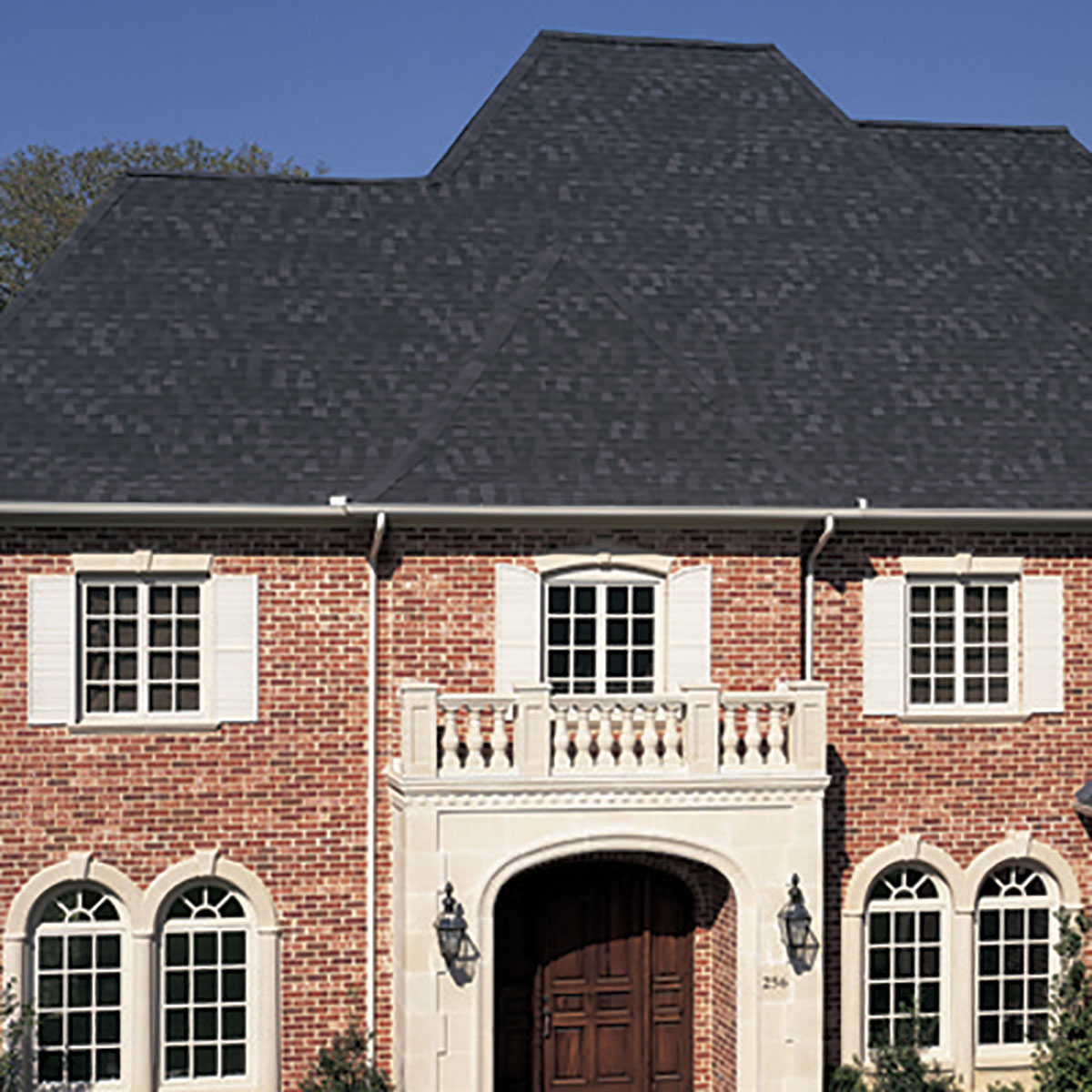 Beautiful Homes Start with Heritage Shingles: Roof Shake Shingles | Heritage Shingles | Cedar Shake Roof Cost