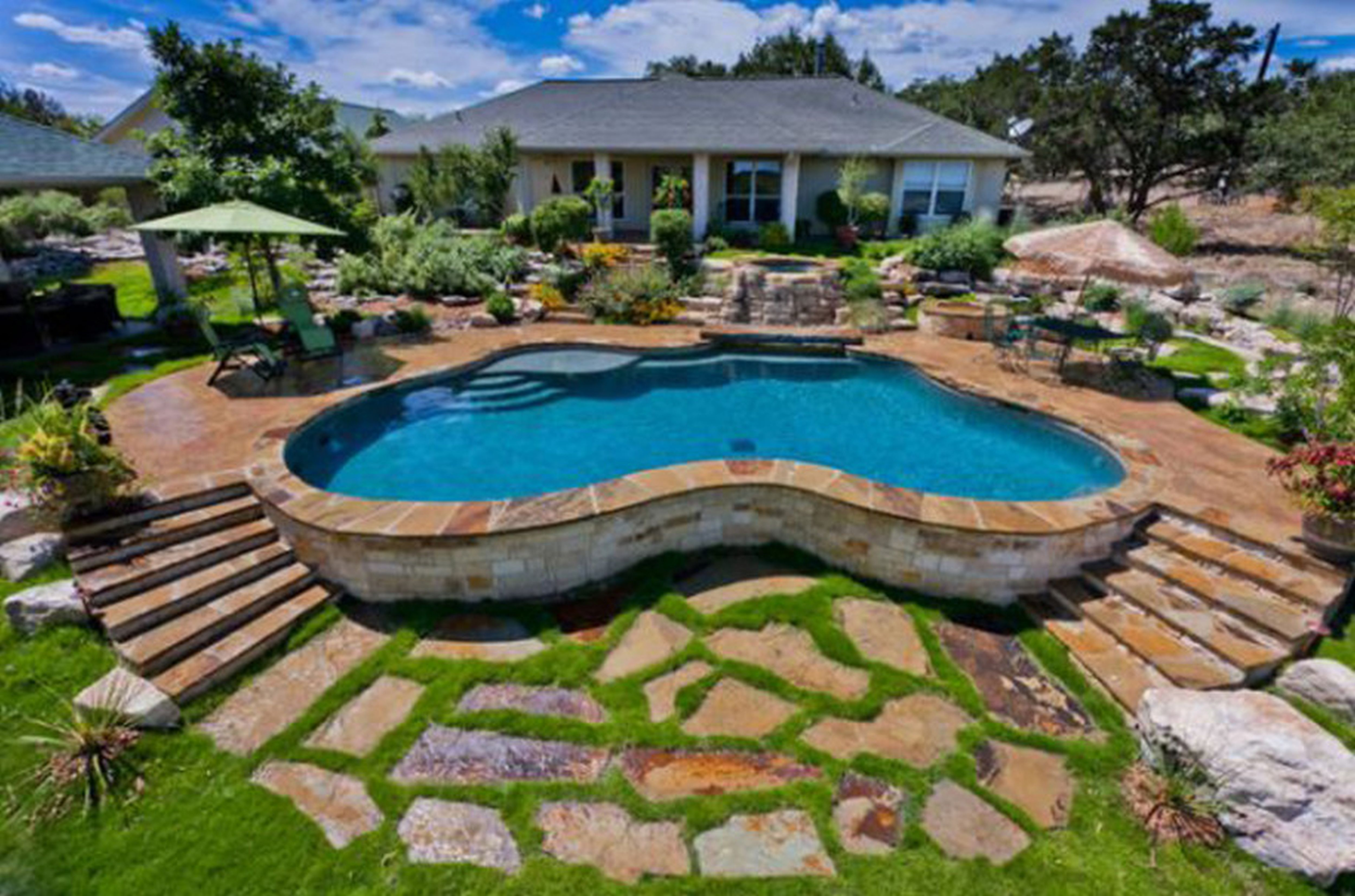 Small Backyard Pools Designs | Mini Inground Pools | Backyard Pool Designs