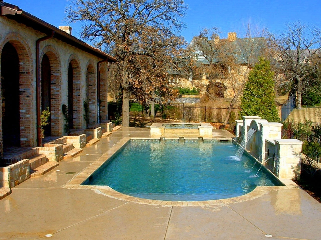 Small Inground Pools for Small Spaces | Backyard Pool Designs | Inground Pool Plans