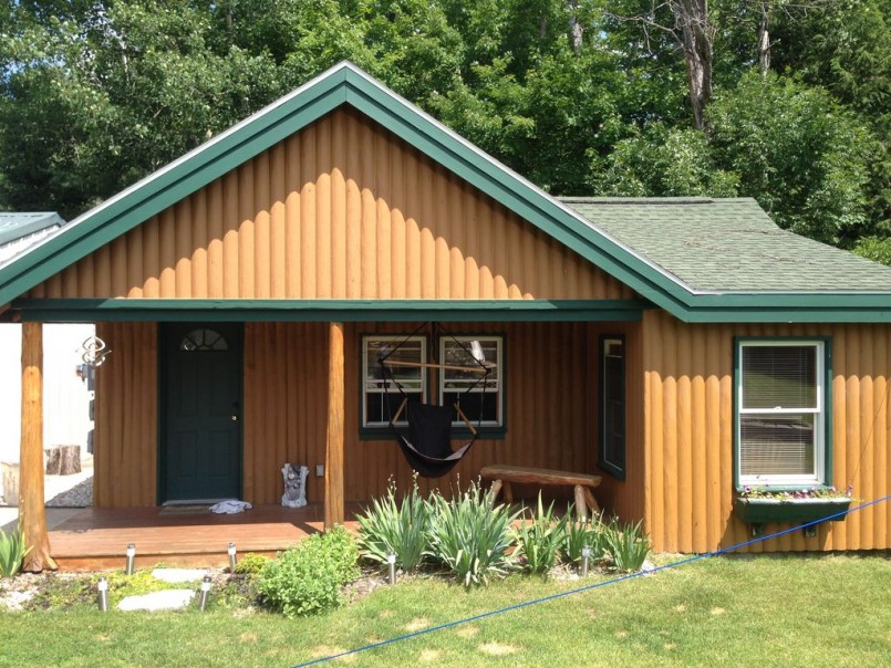 Torch Lake Cabin Rentals | Northern Michigan Cabin Rentals | Lake Michigan Beach House Rentals